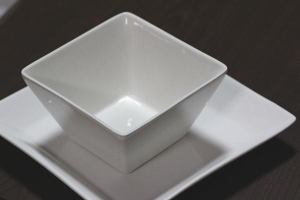 DAISO角皿