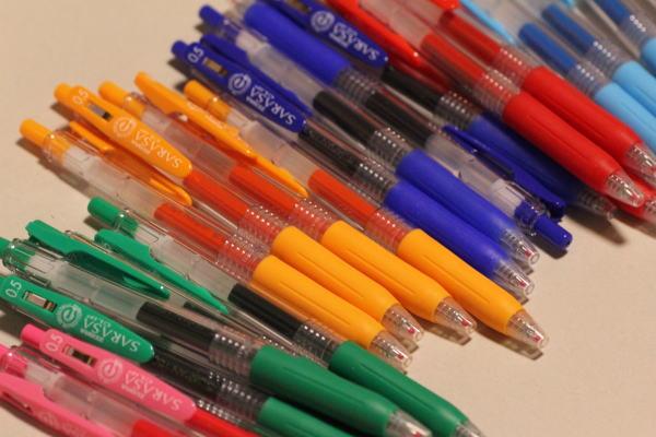 色ボールペン